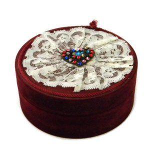 Round Ruby Red Velvet Jewelry Box